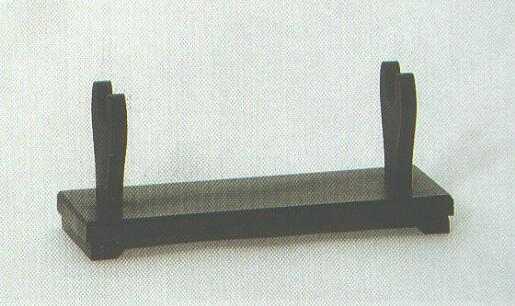 Tischst�ndner f�r ein Samuraischwert.